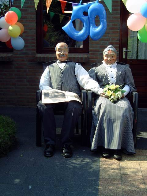 feestartikelen 50 jaar huwelijk De Feestbordenshop verhuurt feestartikelen voor het 50 jarig  feestartikelen 50 jaar huwelijk